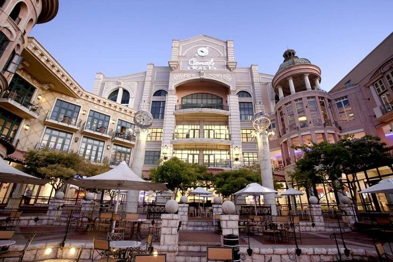 Compras no Canal Walk na Cidade do Cabo