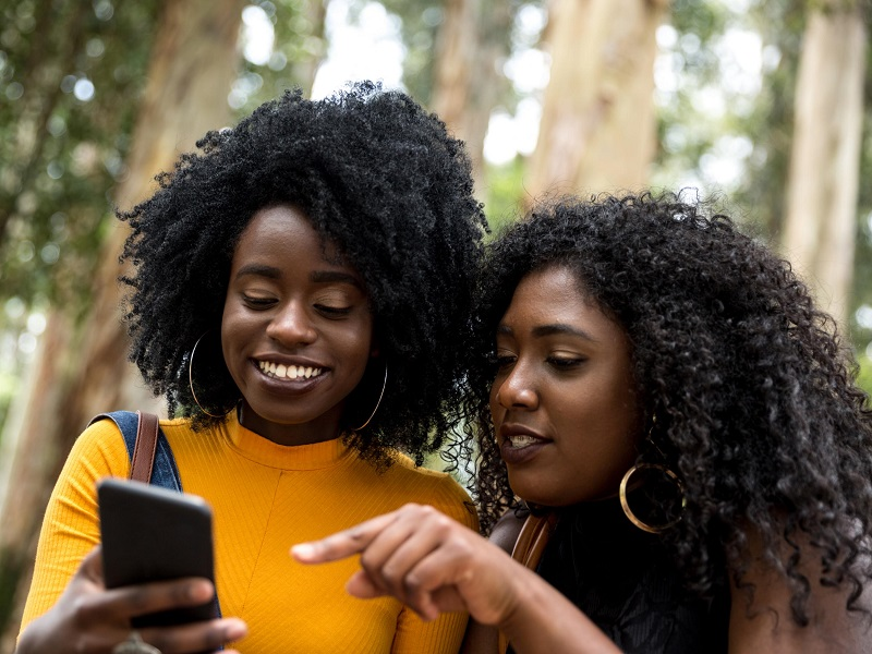 Benefícios de poder usar a Internet do celular na África do Sul