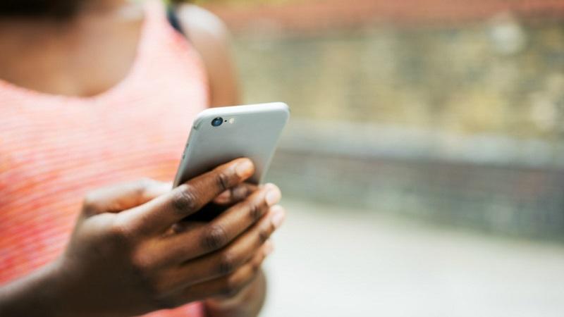 Usando o celular à vontade na África do Sul