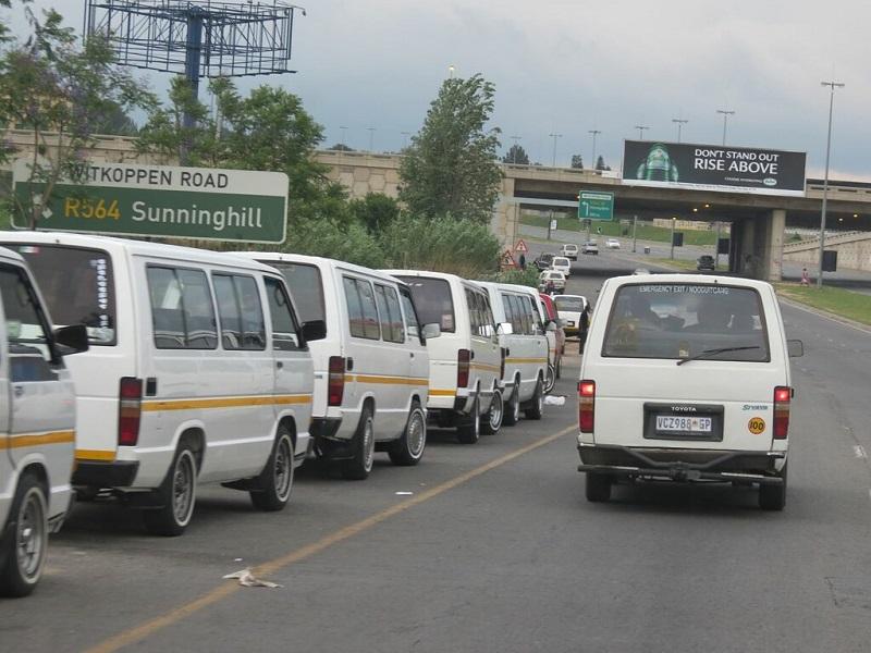 Andar de táxi em Joanesburgo: taxis