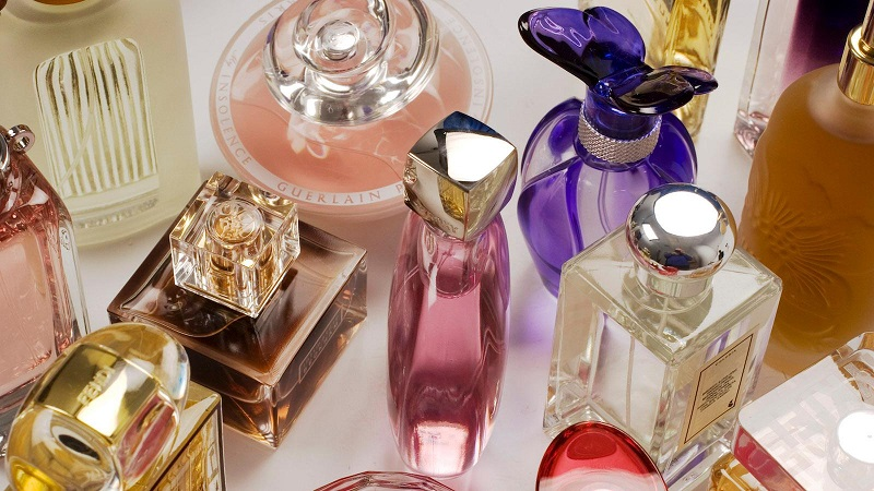 Perfumes variados