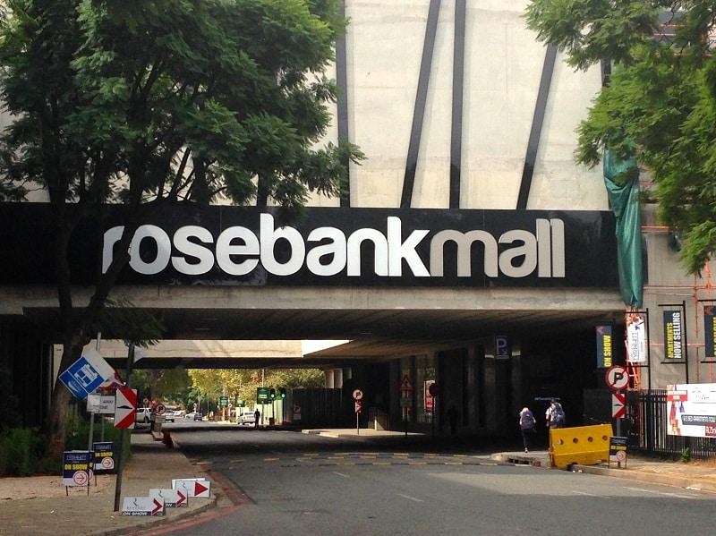 Fachada do shopping Rosebank Mall