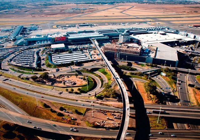 Transfer do aeroporto de Joanesburgo até o centro turístico